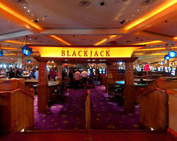 Hard-Rock-Casino-Bans-Ben-Affleck-from-Blackjack