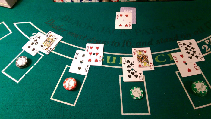 how to play blackjack - the deal